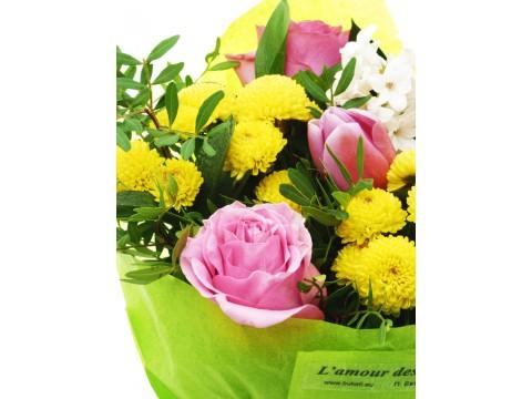 """Букет """"Розови рози и лалета"""""""