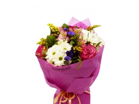 """Букет """"Цикламени рози  и хризантема"""""""